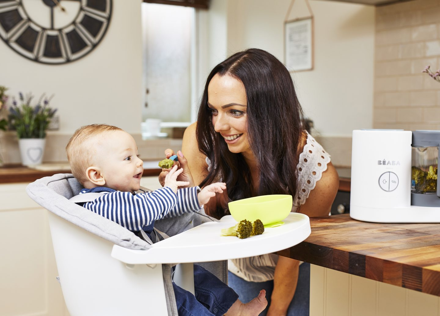 How to Get your Baby to Eat more Fruit & Veg!